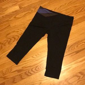 ❤️4+/50%off❤️UA legging Capri